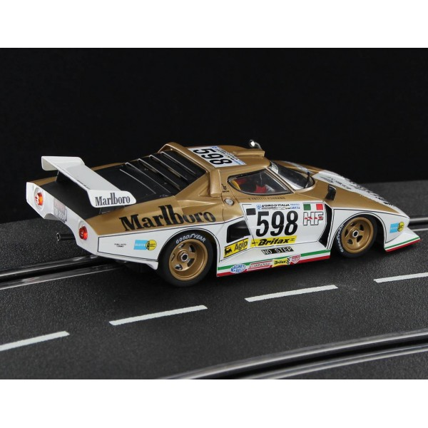 lancia-stratos-gold-special-edition-side