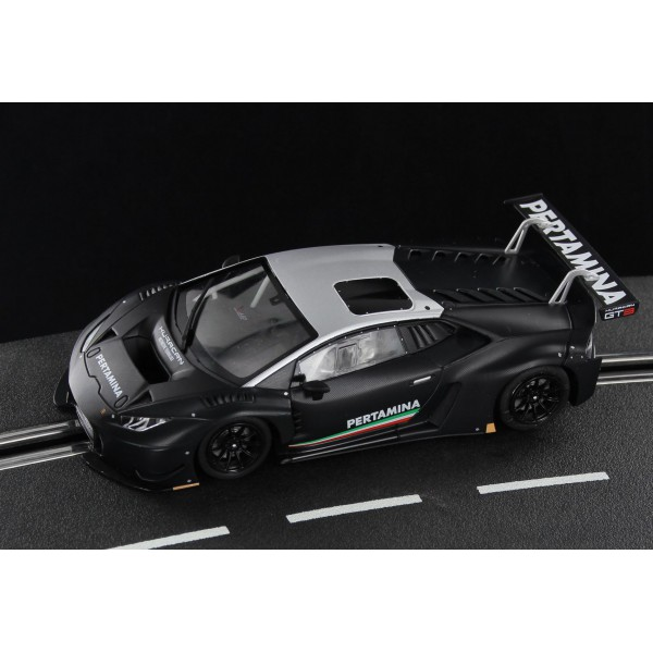 Sideways Lamborghini Huracan GT3 Carbono Edition
