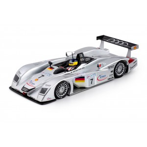Slot it CA33C Audi R8 LMP n 7 Le Mans 2000